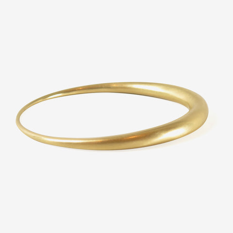 TED MUEHLING 18K OVAL BANGLE