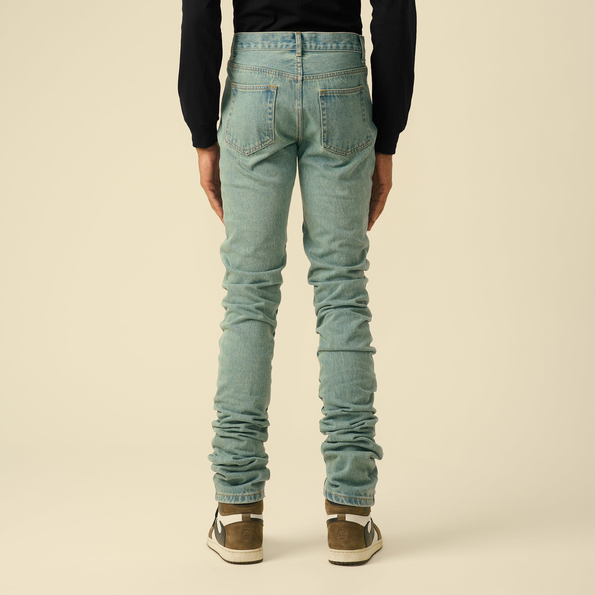 BLUE STACK DENIM