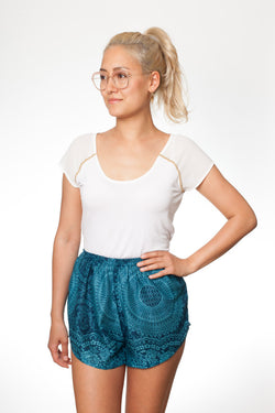 Türkise Mandala Shorts - paigh