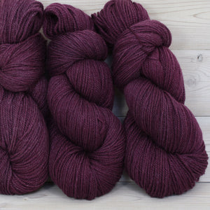 Zeta Yarn | Colorway: Eggplant