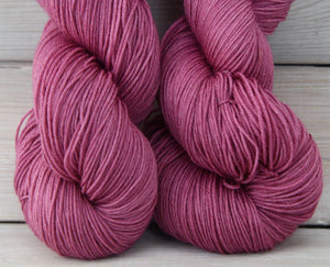 Luna Grey Fiber Arts Altair Yarn | Colorway: Elderberry