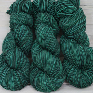 Luna Grey Fiber Arts Aspen Sport Yarn | Colorway: Emerald