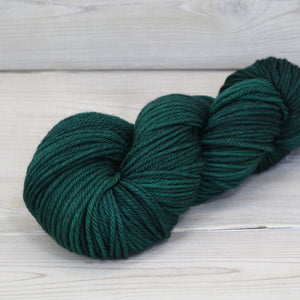 Luna Grey Fiber Arts Supernova Yarn | Colorway: Emerald