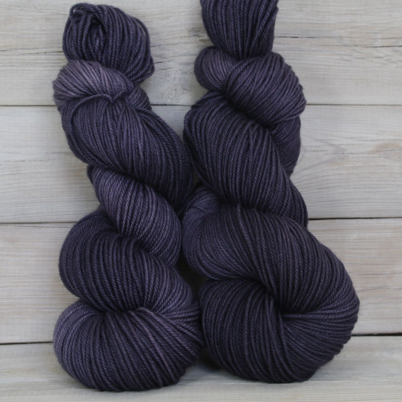 Zeta Yarn | Colorway: Enchanted