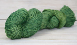 Luna Grey Fiber Arts Altair Yarn | Colorway: Moss