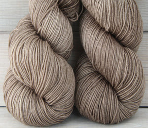 Luna Grey Fiber Arts Altair Yarn | Colorway: Mushroom