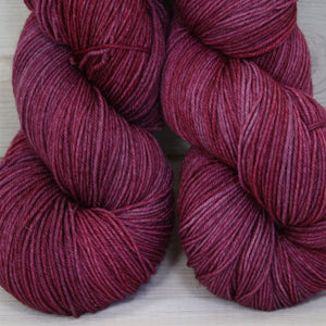 Luna Grey Fiber Arts Altair Yarn | Colorway: Sugar Plum