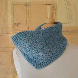 Luna Grey Fiber Arts Sweetdrop Cowl Knitting Kit