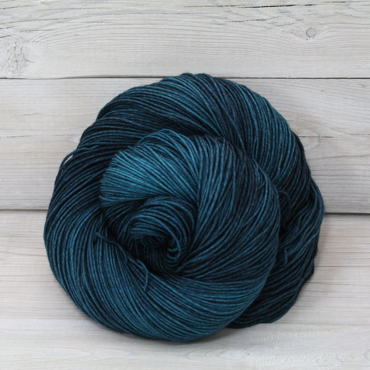 Luna Grey Fiber Arts Athena Sock Yarn | Colorway: Techno