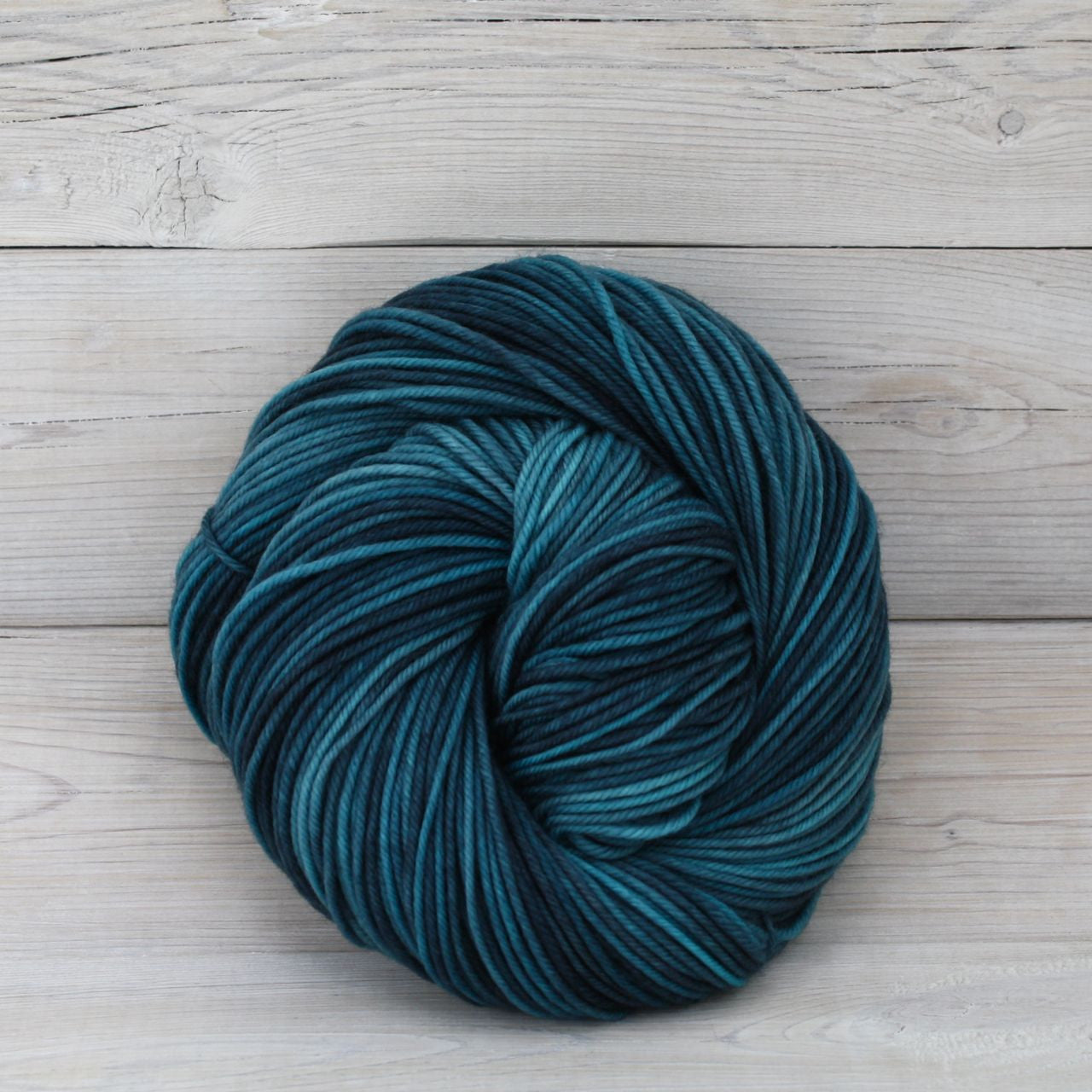 Luna Grey Fiber Arts Calypso Yarn | Colorway: Techno