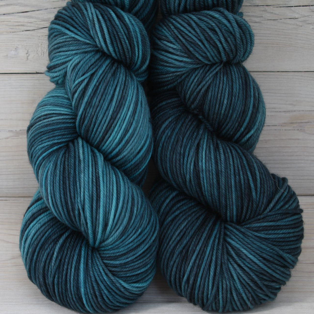 Calypso Yarn | Colorway: Techno