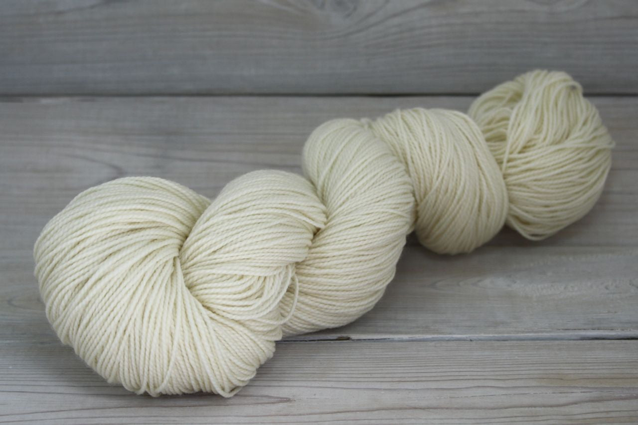 Celeste Yarn | Colorway: Natural