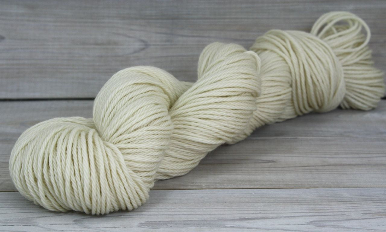 Supernova Yarn | Colorway: Natural