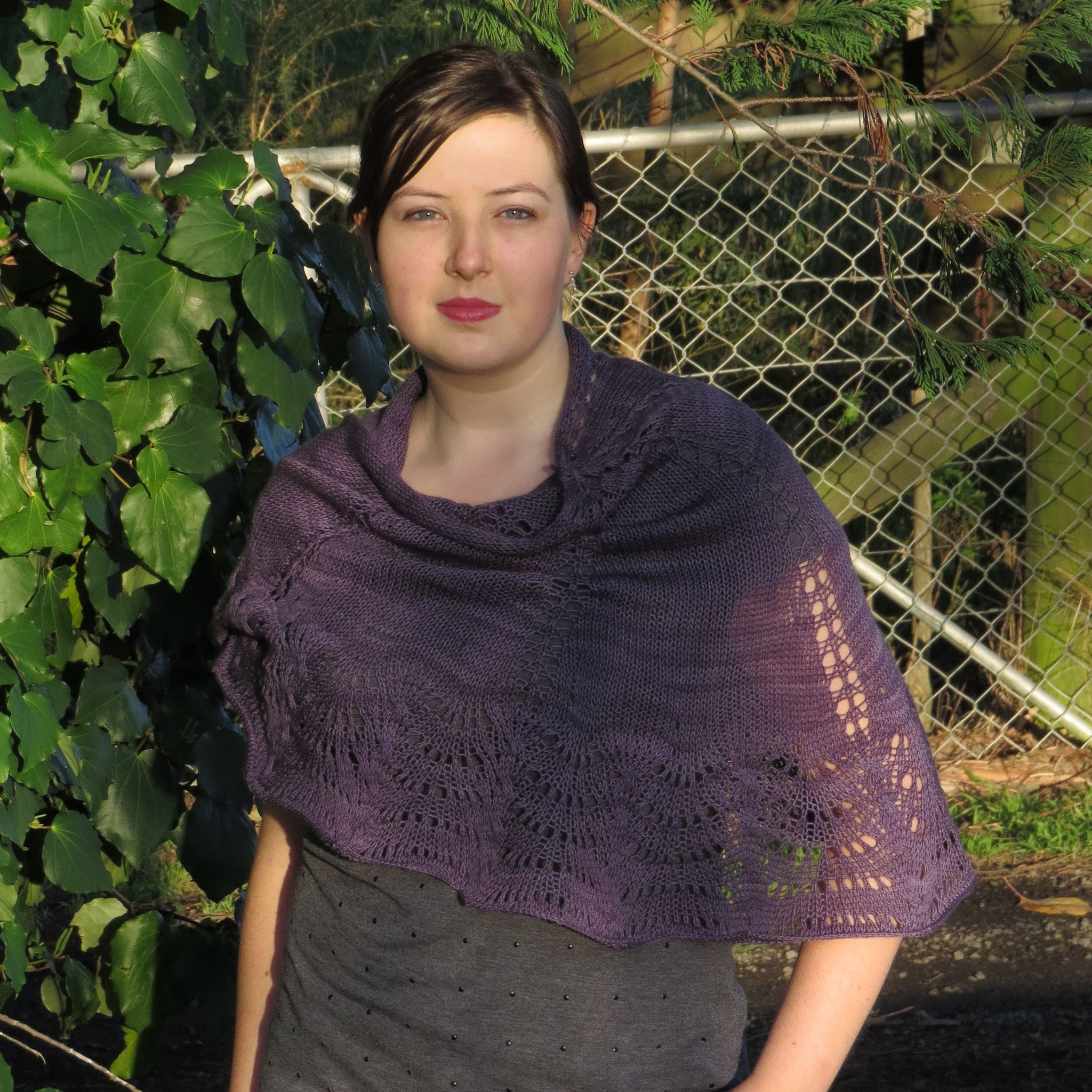 Wings of an Autumn Moth Shawl Kit | Pattern + Yarn