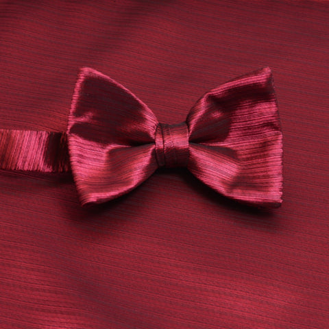 Passion Horizontal Bow Tie with Matching Pocket Square