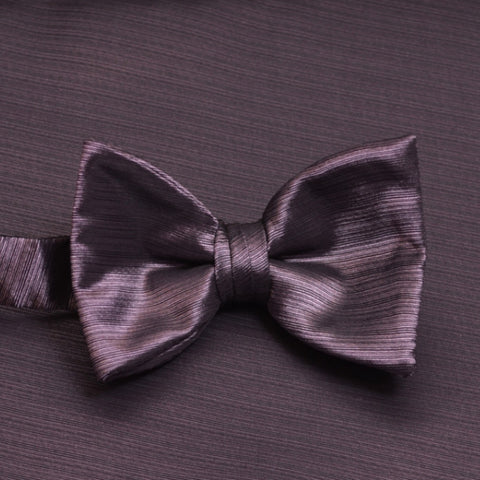 Victorian Lilac Horizontal Bow Tie with Matching Pocket Square