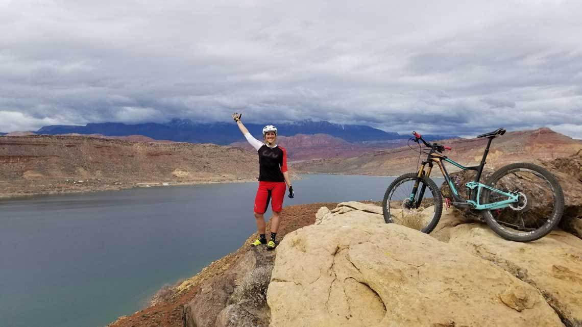 Should I stop for hikers or other riders when riding?