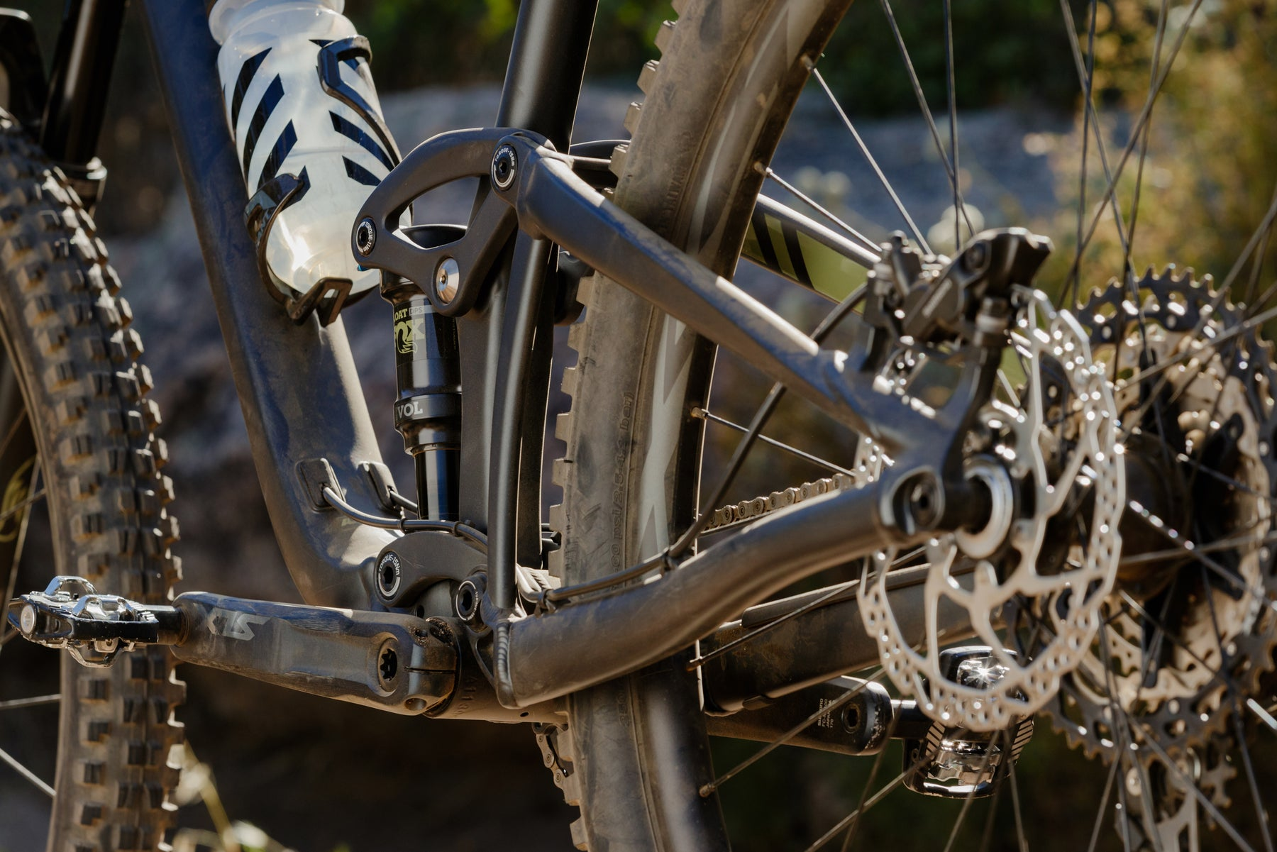 Tune Up Guide - Mountain Bike Disc Brakes Tips & The Best Techniques