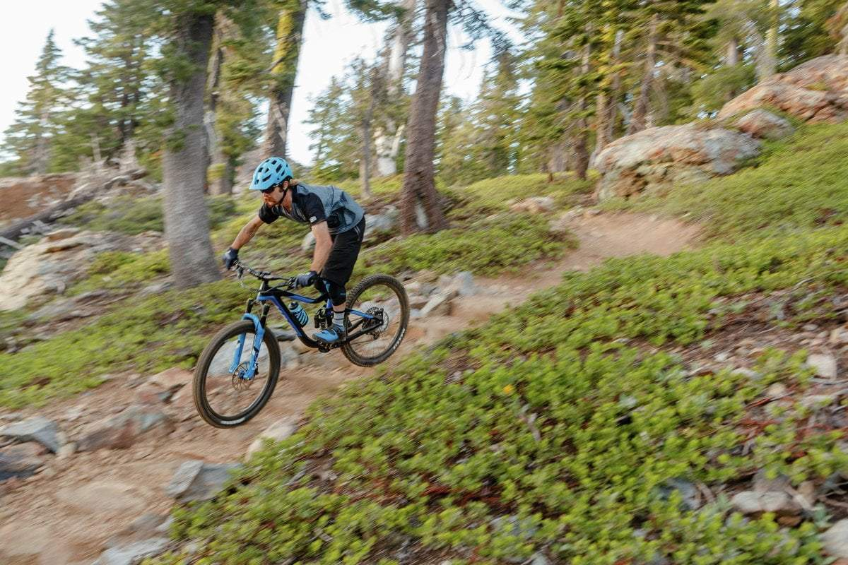 6 Tips for Mountain Biking Basics - Responsible Riding & Etiquette