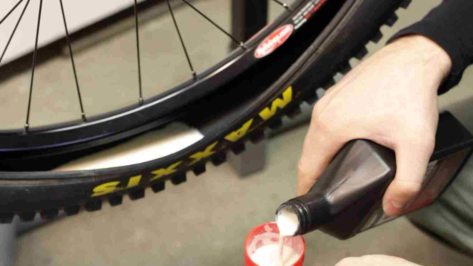 What the heck is tubeless?