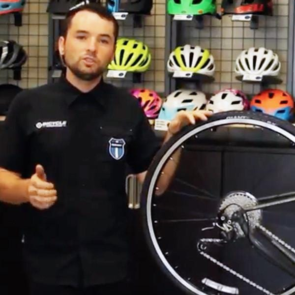 Jesse Teaches You How to Change a Flat
