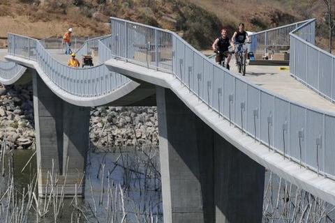 LAKE HODGES SUSPENSION BRIDGE