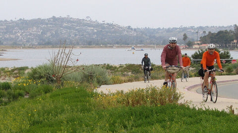 CYCLISTS ENJOYING SAN DIEGO'S MISSION BAY