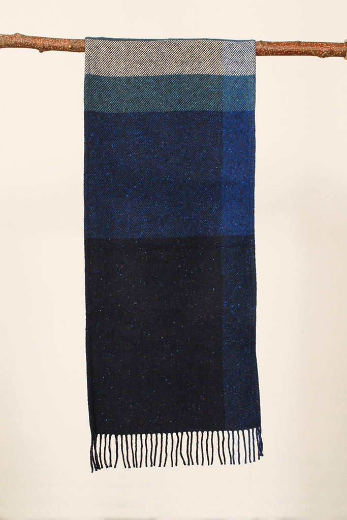 Large Blue Regular Oversized Tarten regular Scarf