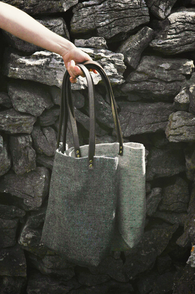 Grey tweed tote