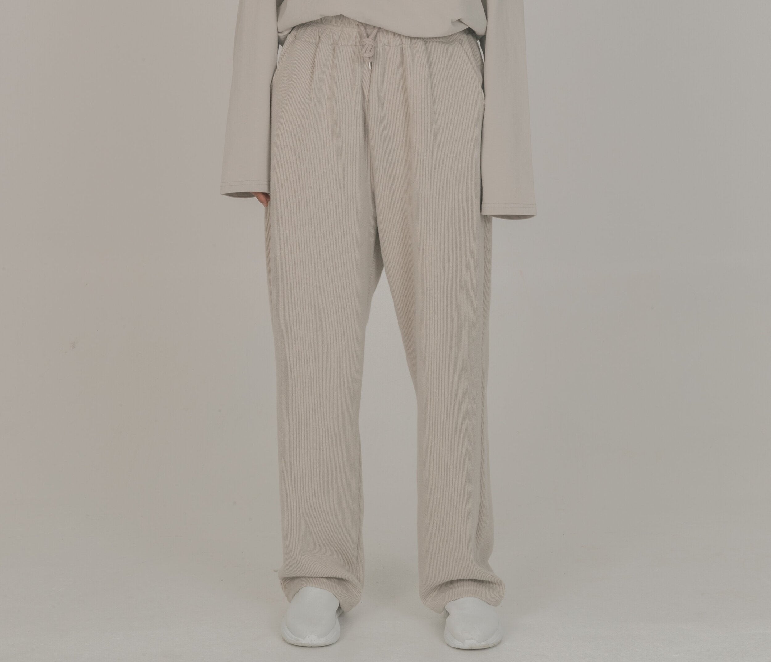 Cold Laundry Cream Track Set Pants