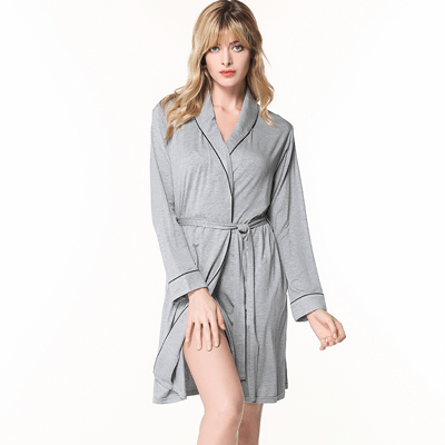 How to Selecting women's sleepwear or pajamas ?
