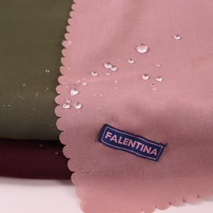 Water-Repellent Scarf in Magenta