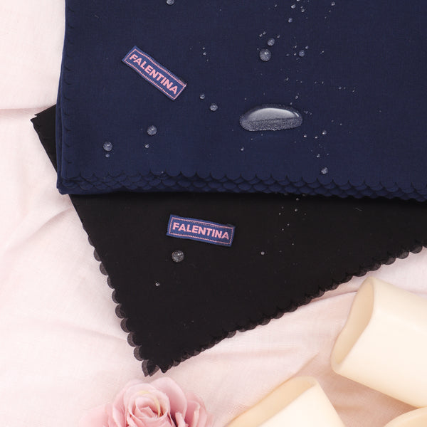 Water-Repellent Scarf in Navy