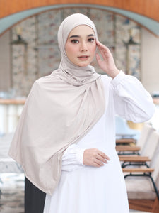 Zaira Instant Hijab in Cream Latte