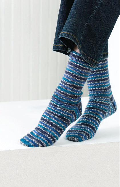 Magic Stripe Basic Socks Pattern (Knit)