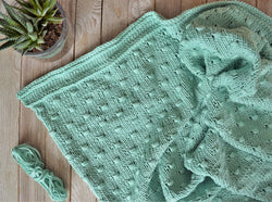 Knit Kit - Cute as a Button Baby Blanket
