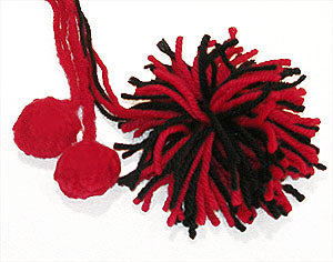 Making Pom Poms Classic or Felted Pattern (Crafts)
