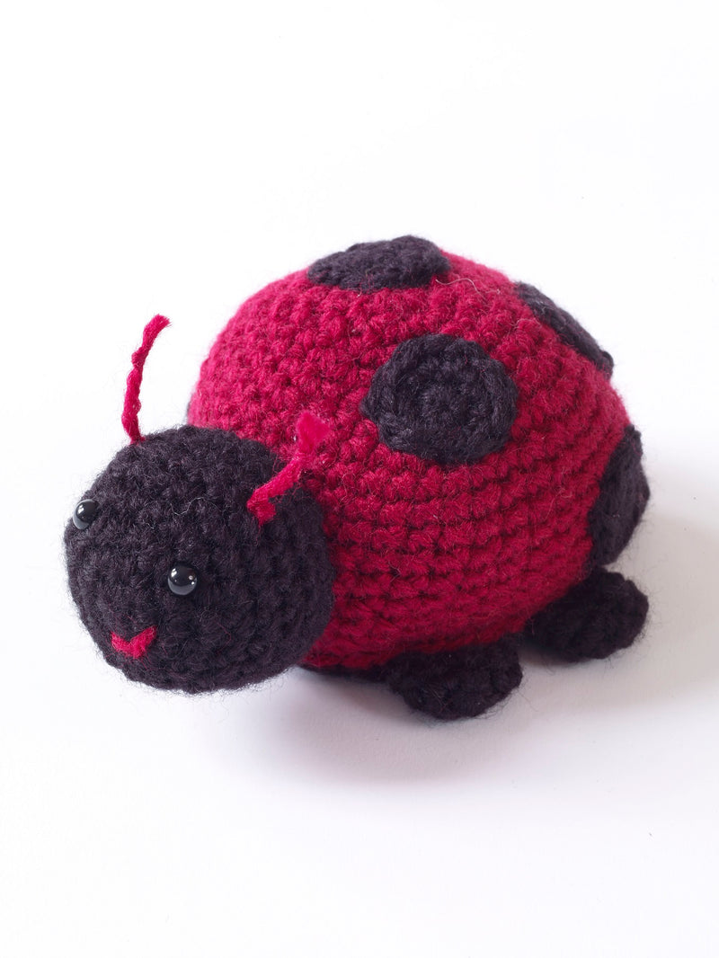 Amigurumi Lady Bug Pattern (Crochet)