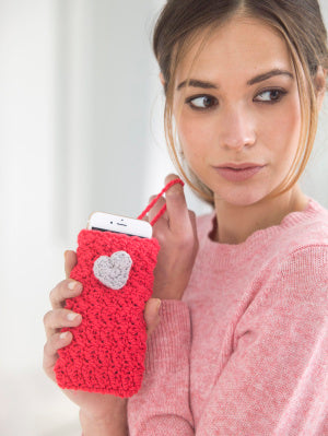 Heartfelt Phone Cozy (Crochet)