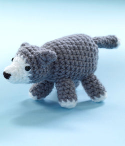 Little Amigurumi Wolf Pattern (Crochet)