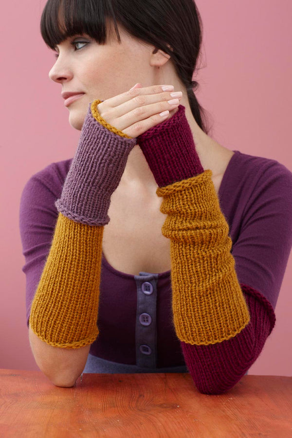 City Gauntlets Pattern (Knit)