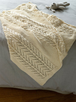 Classic Lace Baby Throw Pattern (Knit)