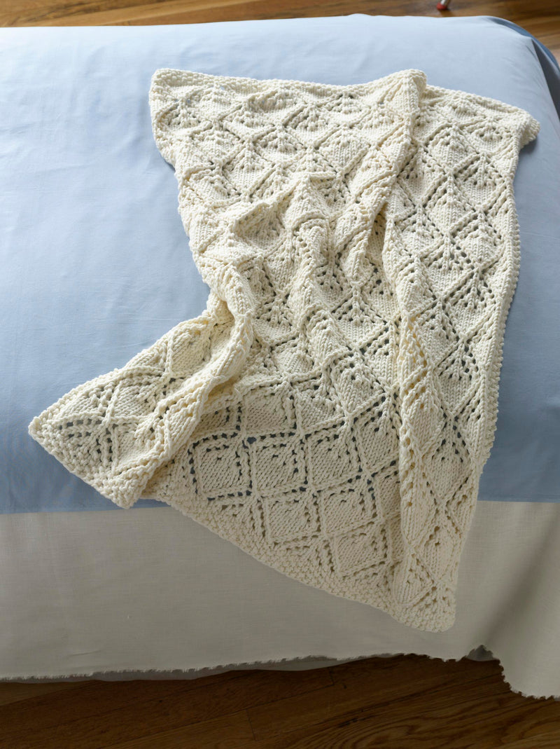 Cozy Luxe Baby Throw Pattern (Knit)