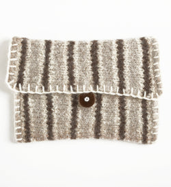 Felted Downtown Clutch (Knit)