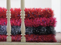 Pink Pizzazz Fabulous Fur Rug Pattern (Knit)