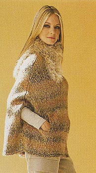 Poncho with Fur Collar Pattern (Knit)