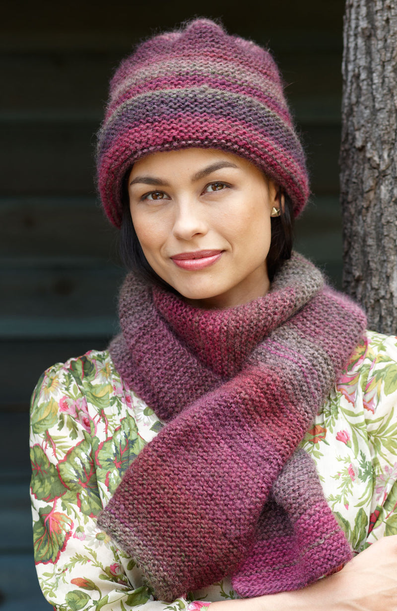 Striking Hat and Scarf Pattern (Knit)