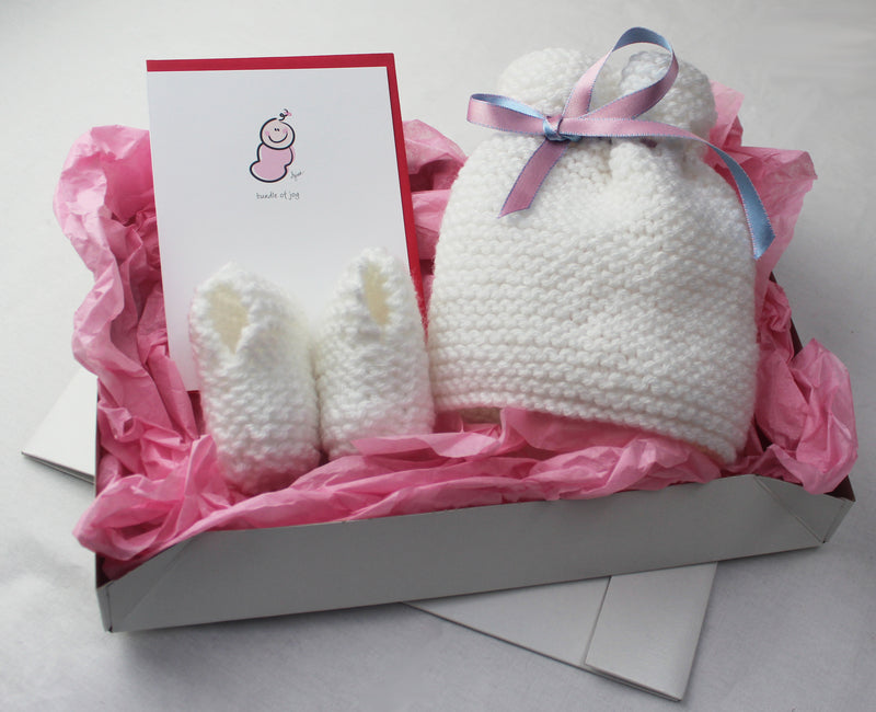 Learn To Knit Baby Set - Girls