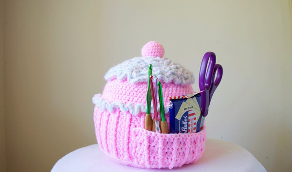 Crochet Kit - Cupcake Pillow Holder