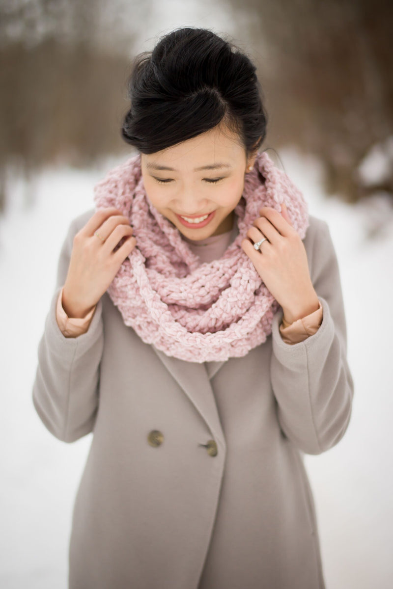 Crochet Kit - Velvet Ribbed Cowl